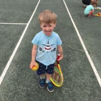 prematernellekinder-tennis-450px